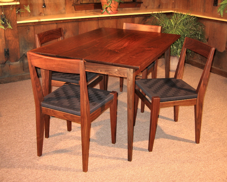 spring_table_chairs